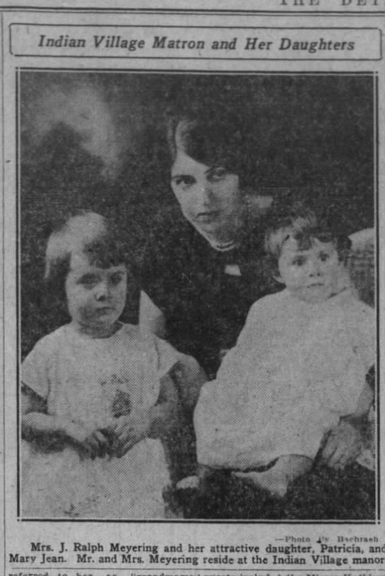 John Ralph Meyering -- His family 1925 - Indian Village Matron and Her Daughters 1 j - t...