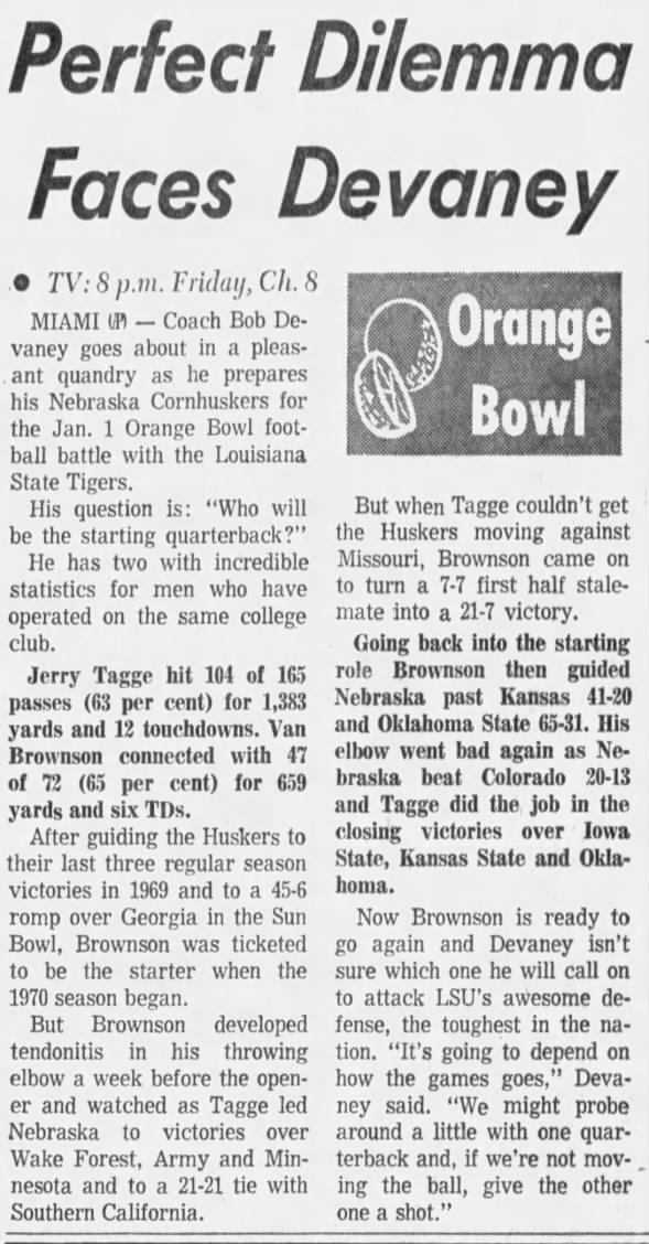 1970.12.29 Devaney and QBs
