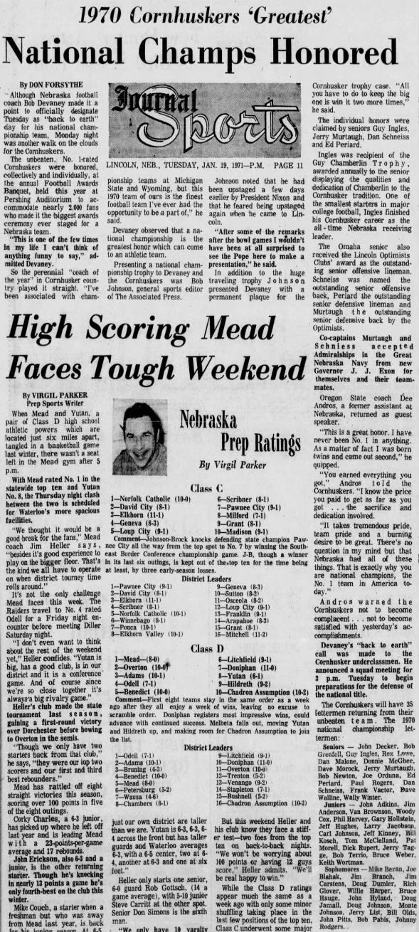 1971.01.18 Nebraska football awards banquet, Lincoln Journal