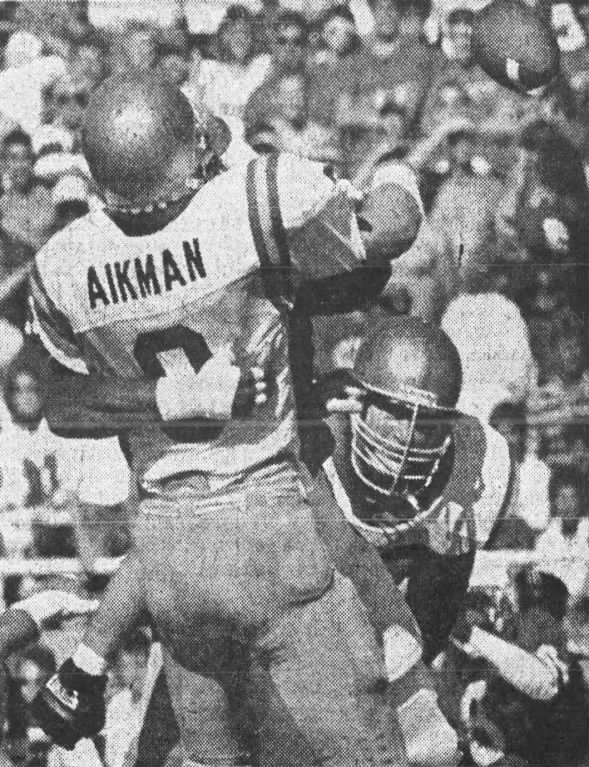 1987 Nebraska-UCLA football Troy Aikman and Neil Smith