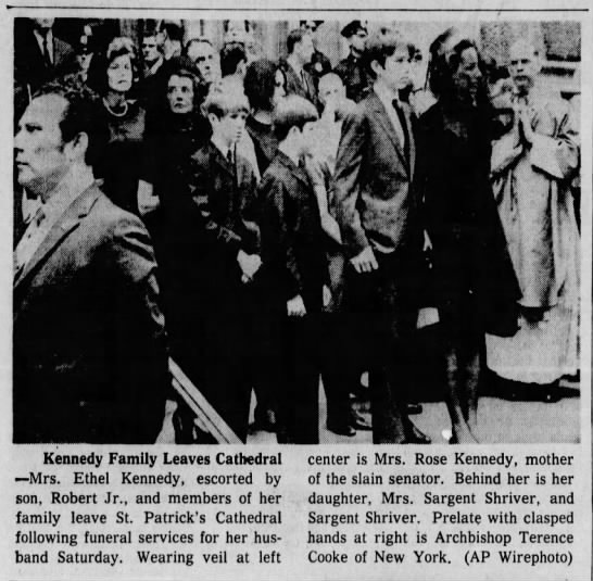 "Ethel Kennedy and children attend funeral for Robert F. Kennedy - lr n f ' v""t: H v jJ imlk U ..iiliiiiS Kennedy..."
