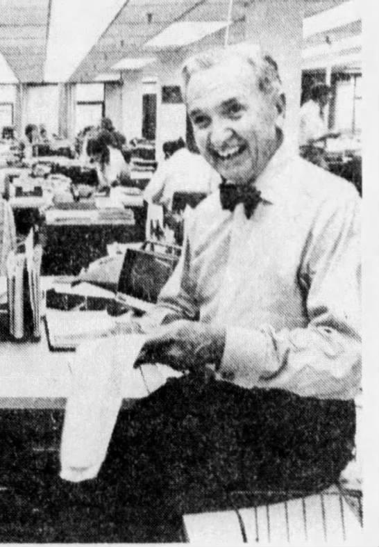"Nelson Poynter, 1974 - if'1"" H Zh! hi r If U .JL"