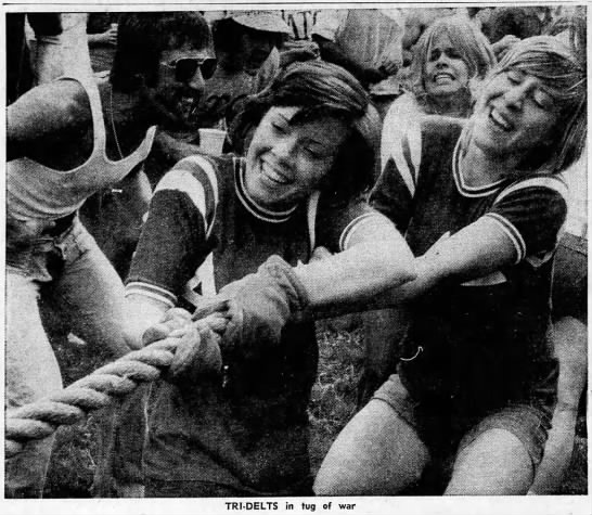 Greek Games - Millikin 1974. Fun? - TRI-DELTS in tug of war