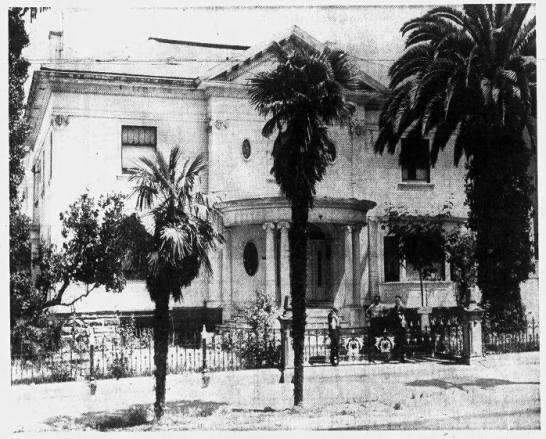 Mein Mansion on 1570 Jackson St Oakland  - Jul 26 1964 -