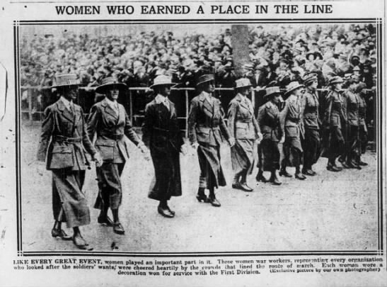 Women who served in WWI march in Victory Parade -