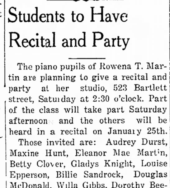 Audrey Durst at piano recital -