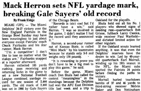 Mack Herron sets NFL yardage mark, breaking Gale Sayers' old record -