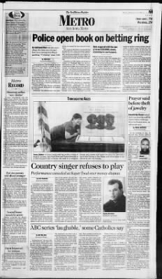 The Des Moines Register From Iowa On September 19 1997 Page 17