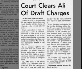 Supreme Court clears Muhammad Ali of draft evasion charges, 1971