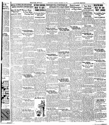 Decatur Evening Herald from Decatur, Illinois on October 18, 1930 · Page 3