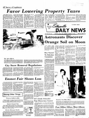 Estherville Daily News from Estherville, Iowa on December 13, 1972 · Page 1